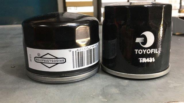 מסנן שמן מקורי (שמאל) מסנן שמן חלופי (ימין)